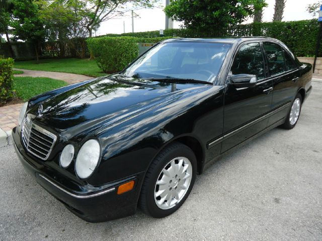 2001 MERCEDES-BENZ E-CLASS E320 black all electrical and optional equipment on this vehicle have b
