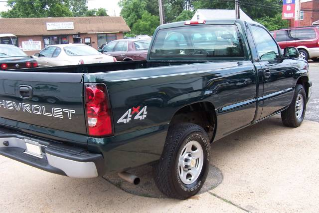 Image 21 of 2004 Chevrolet Silverado…