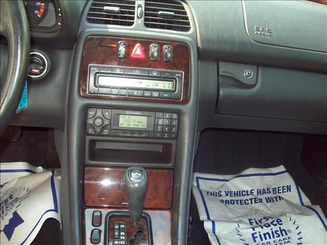 Image 5 of 1999 Mercedes-Benz CLK…