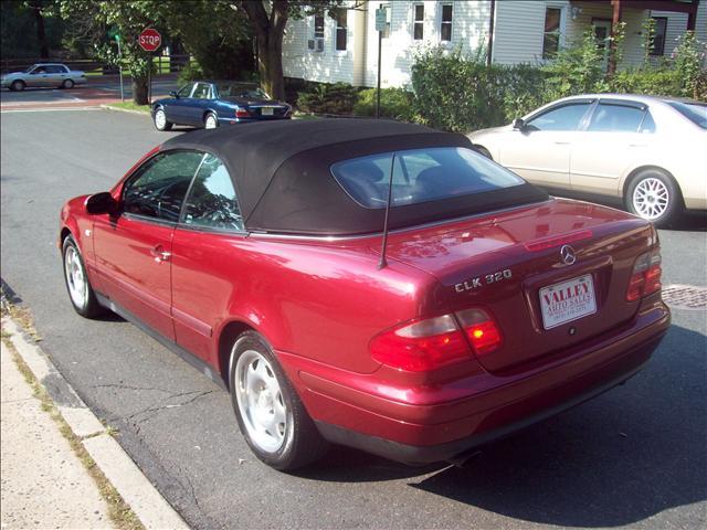 Image 10 of 1999 Mercedes-Benz CLK…