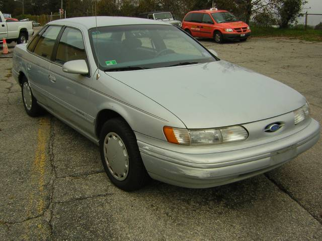 Image 14 of 1994 Ford Taurus GL…