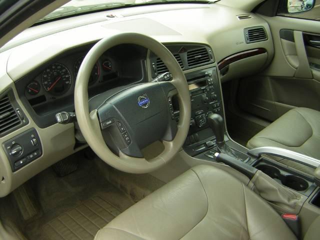Image 43 of 2003 Volvo XC70 2.5T…