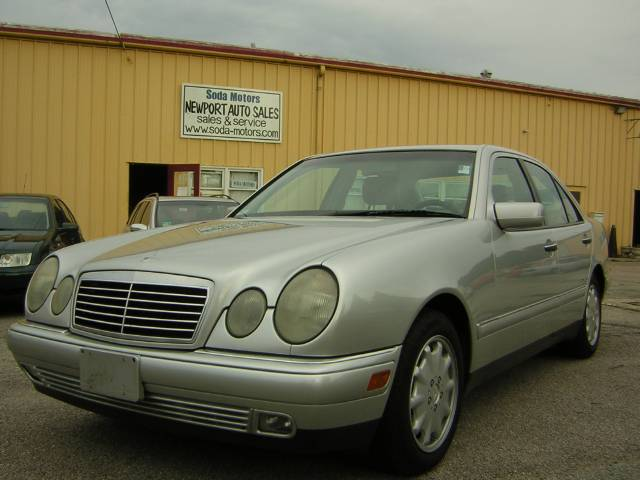 Image 29 of 1999 Mercedes-Benz E…