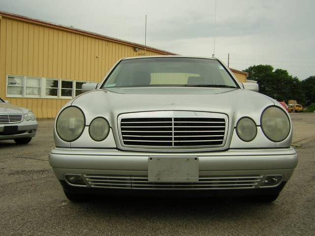 Image 40 of 1999 Mercedes-Benz E…
