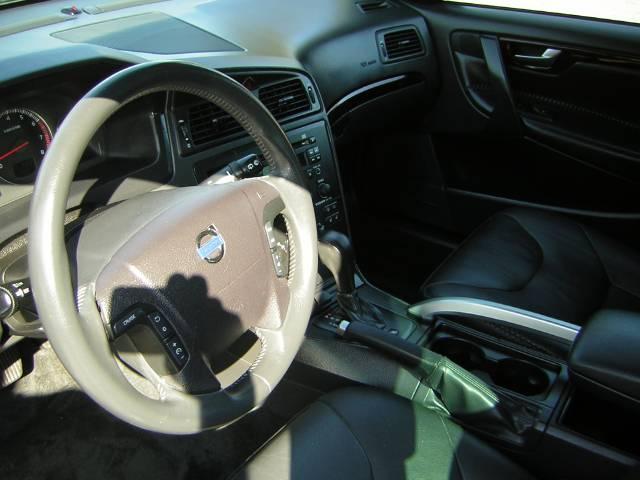 Image 39 of 2004 Volvo XC70 2.5T…