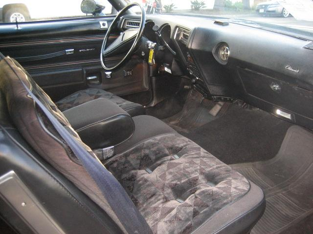 Oldsmobile Cutlass Supreme 1976. 1976 Oldsmobile Cutlass