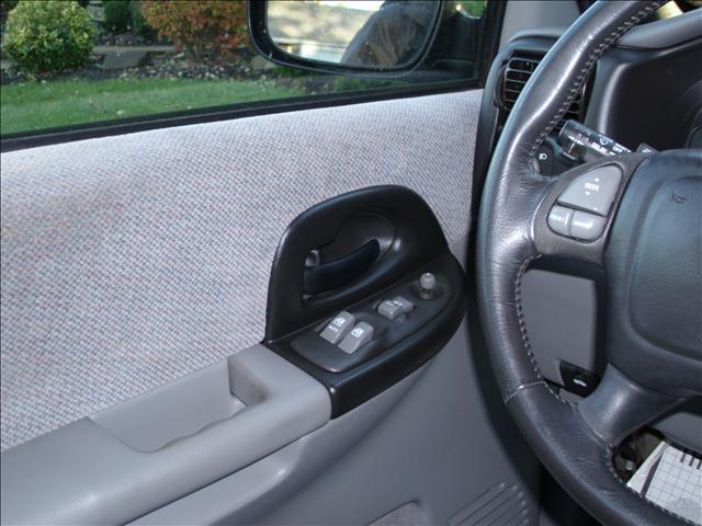 Image 29 of 2000 Pontiac Montana…