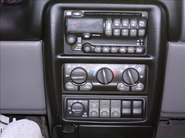 Image 42 of 2000 Pontiac Montana…
