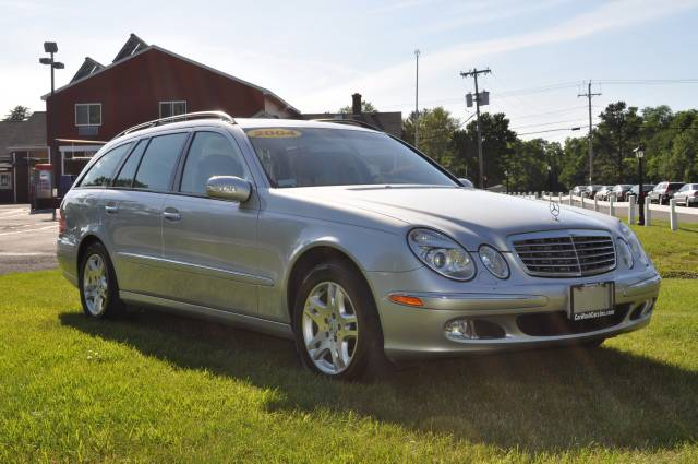 Image 1 of 2004 Mercedes-Benz E…