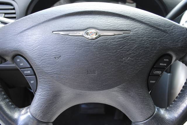 Image 10 of 2006 Chrysler Town and…