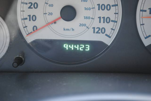 Image 13 of 2006 Chrysler Town and…