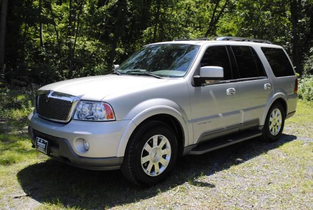 Image 1 of 2004 Lincoln Navigator…
