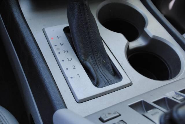 Image 27 of 2004 Lincoln Navigator…