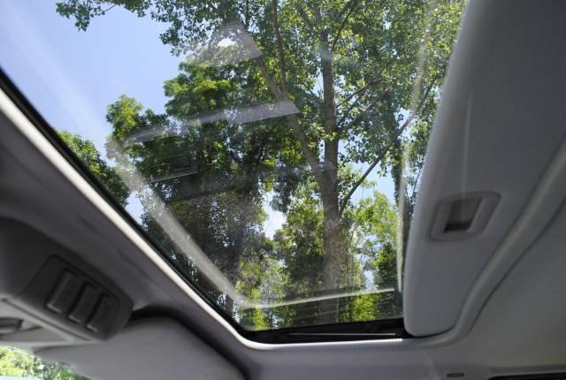 Image 30 of 2004 Lincoln Navigator…