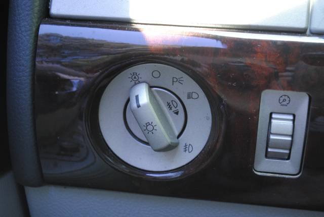 Image 33 of 2004 Lincoln Navigator…
