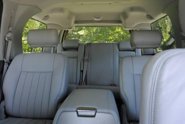 Image 36 of 2004 Lincoln Navigator…