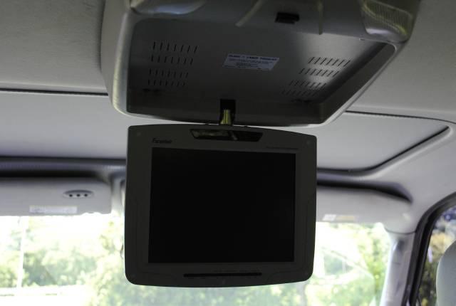 Image 38 of 2004 Lincoln Navigator…