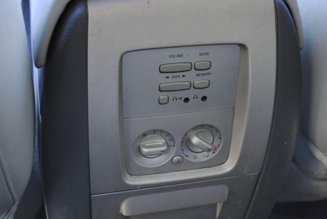 Image 39 of 2004 Lincoln Navigator…