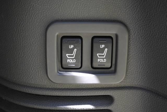 Image 41 of 2004 Lincoln Navigator…