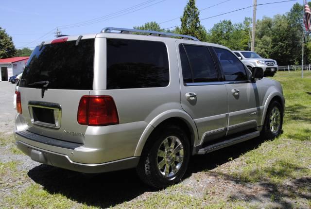 Image 44 of 2004 Lincoln Navigator…