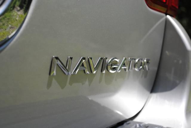 Image 47 of 2004 Lincoln Navigator…
