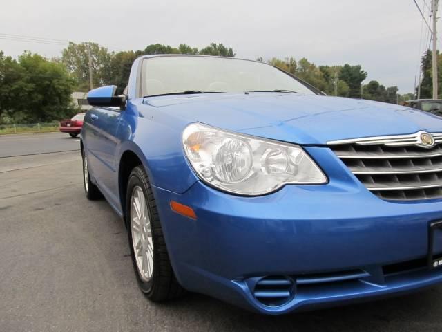 Image 10 of 2008 Chrysler Sebring…