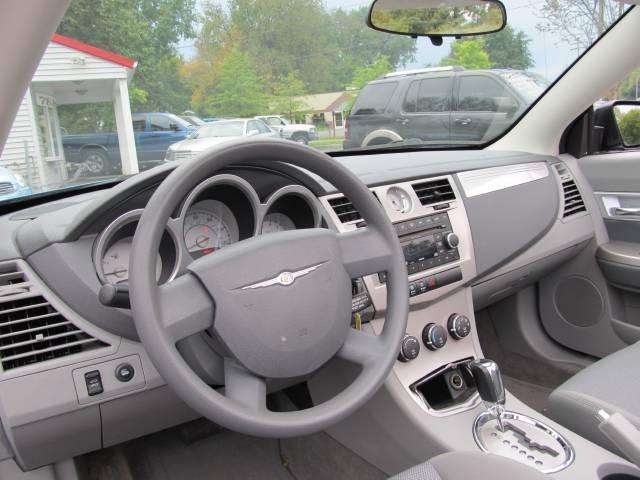 Image 13 of 2008 Chrysler Sebring…