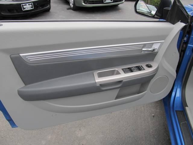 Image 14 of 2008 Chrysler Sebring…