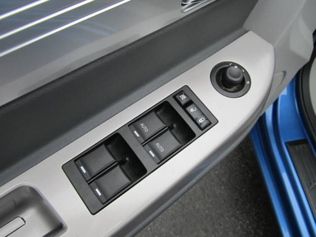 Image 16 of 2008 Chrysler Sebring…