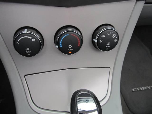 Image 25 of 2008 Chrysler Sebring…
