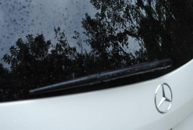 Image 2 of 2010 Mercedes-Benz GLK…