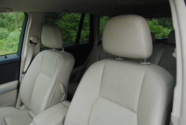 Image 11 of 2010 Mercedes-Benz GLK…