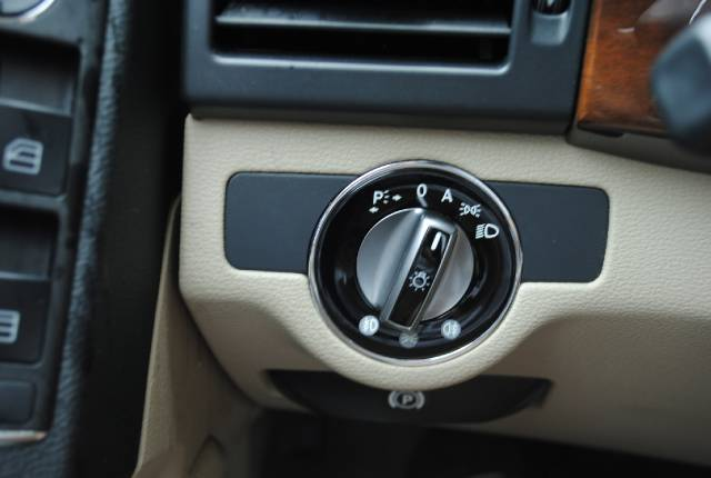 Image 16 of 2010 Mercedes-Benz GLK…