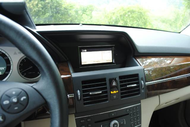 Image 20 of 2010 Mercedes-Benz GLK…