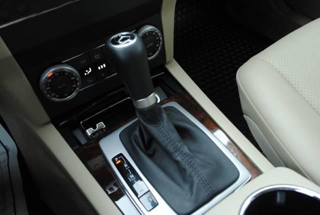 Image 24 of 2010 Mercedes-Benz GLK…