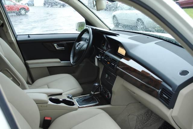 Image 35 of 2010 Mercedes-Benz GLK…