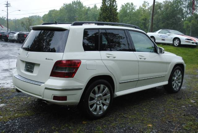 Image 38 of 2010 Mercedes-Benz GLK…