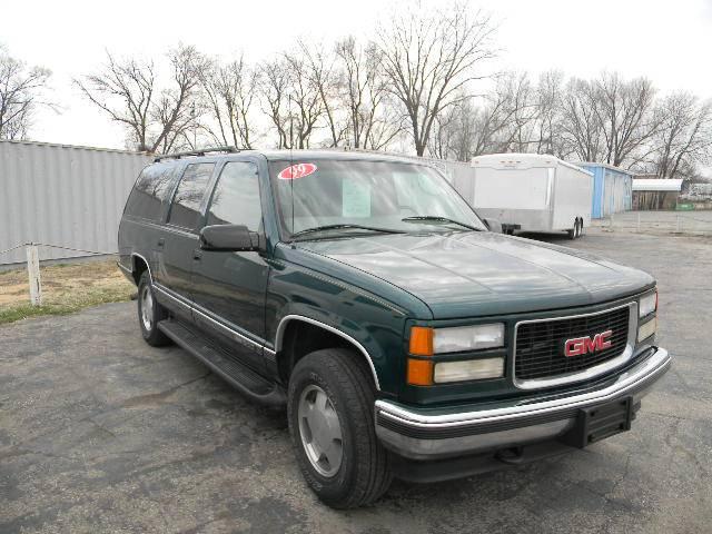 1999 GMC Suburban 164972 miles