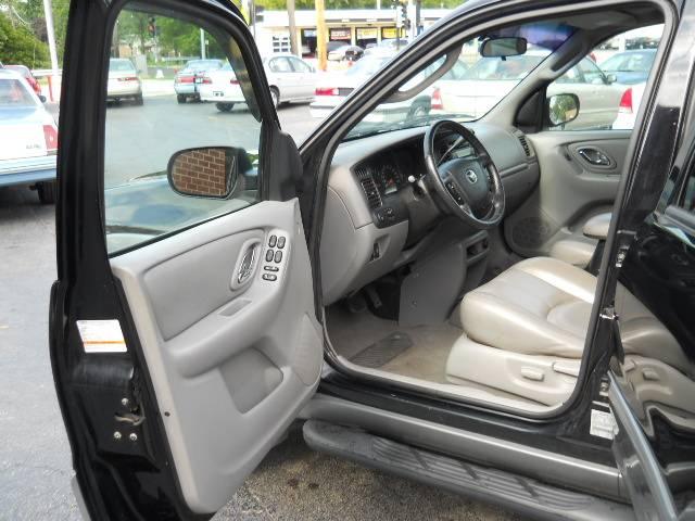 Image 26 of 2002 Mazda Tribute ES…