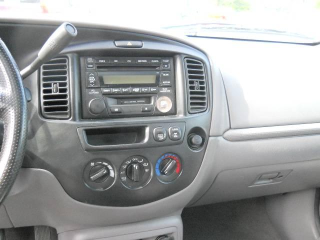 Image 34 of 2002 Mazda Tribute ES…