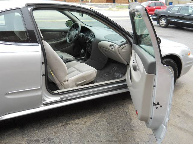 Image 27 of 2004 Oldsmobile Alero…