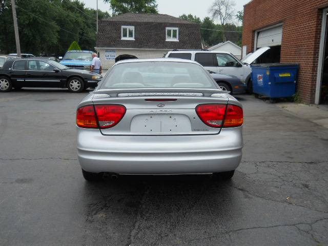 Image 41 of 2004 Oldsmobile Alero…